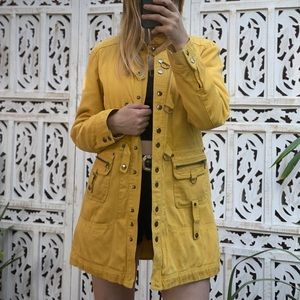 Lulumari yellow rain jacket